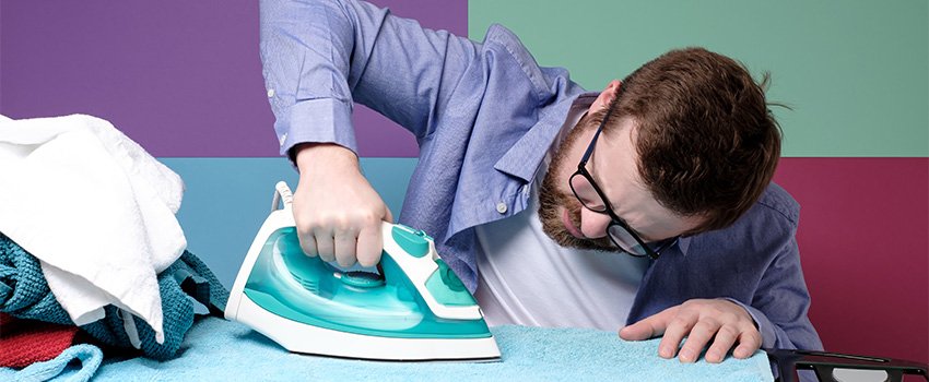 10 Expert Tips on How to Iron Clothes at Home