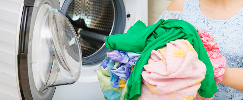 Laundry Basics - Your Guide to Washing Colored Clothes